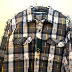 New men's plaid flannel button up shirt
